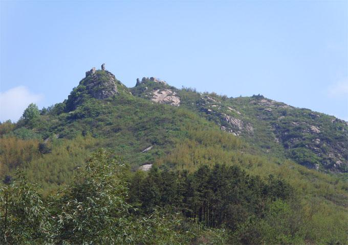 茅田山风景区, [1]  位于安徽省广德县柏垫镇茅田村中部.